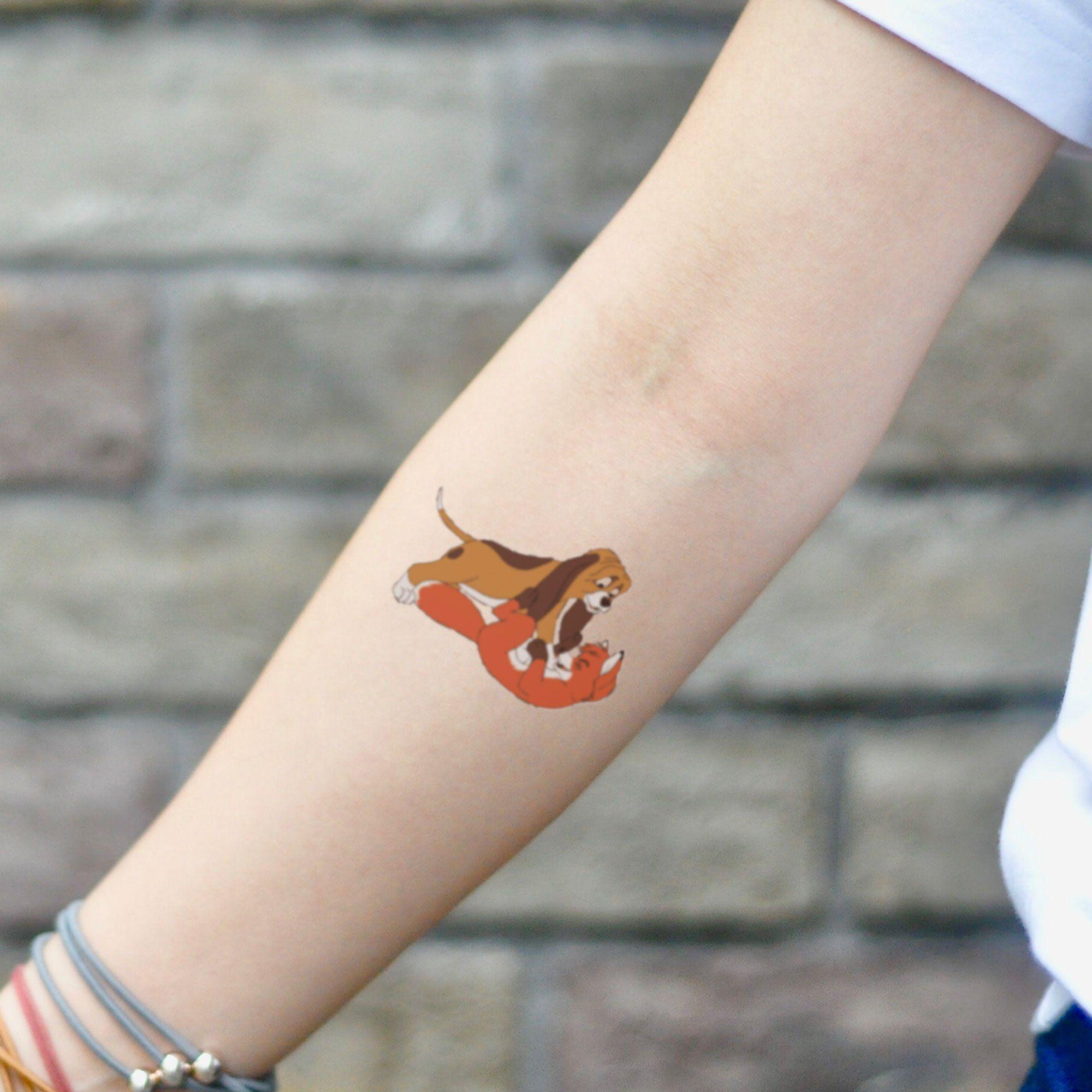 Fox And The Hound Temporary Tattoo Sticker Set Of 2 In 2020 Fox Tattoo Grey Tattoo Black And Grey Tattoos