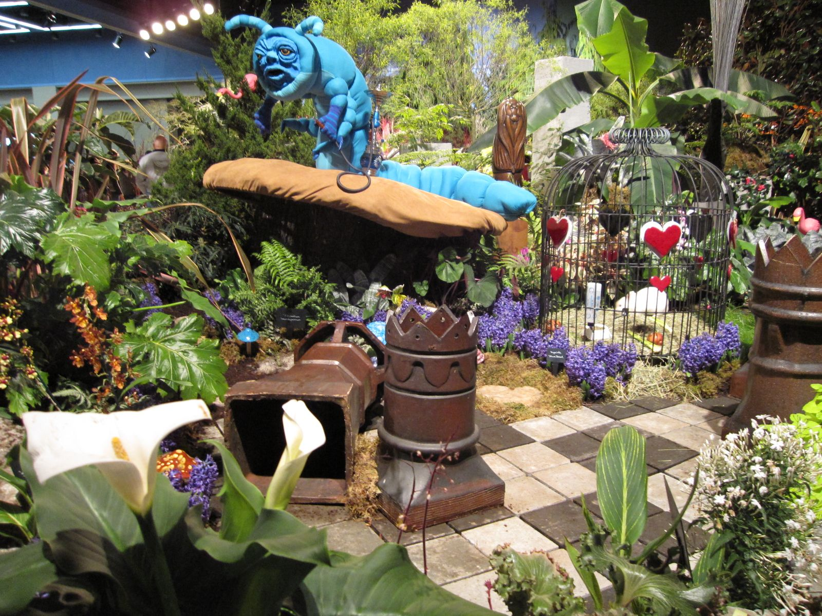 Diy Alice In Wonderland Garden Google Search Alice In