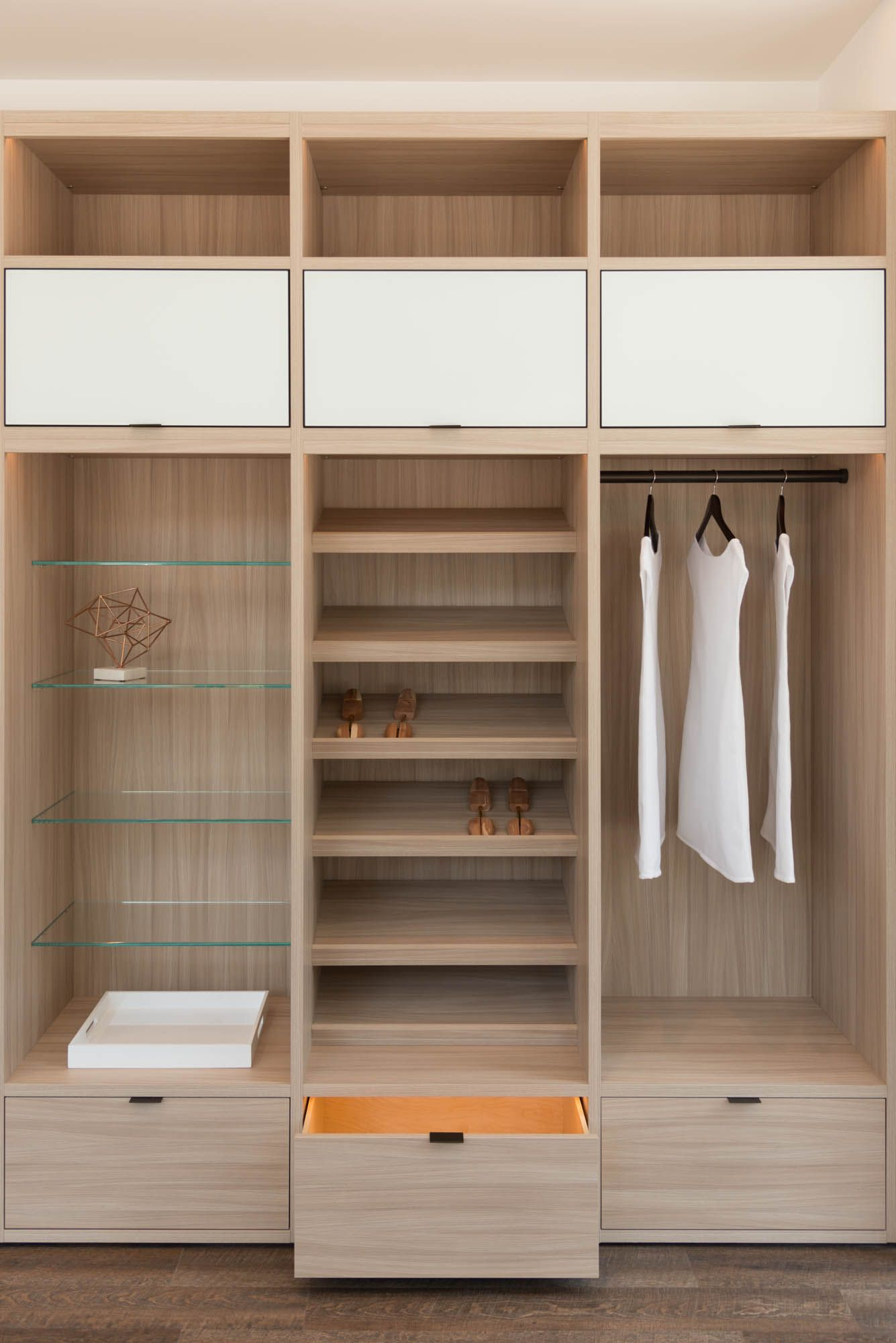Come Find Inspiration And Meet Our Designers At Our Newly Renovated Tribeca Showroom 2 0 Located Closet Storage Design Closet Designs Closet Storage Systems