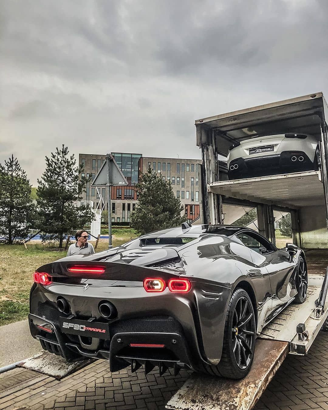 Supercarsbuzz Supercars On Instagram It S Sf90 Stradale Delivery Time Tag A Friend Follow Glspot Fo In 2020 Super Cars Travel The World For Free Dream Cars