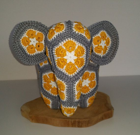 Crochet Elephant from african flowers (medium), African flower ...