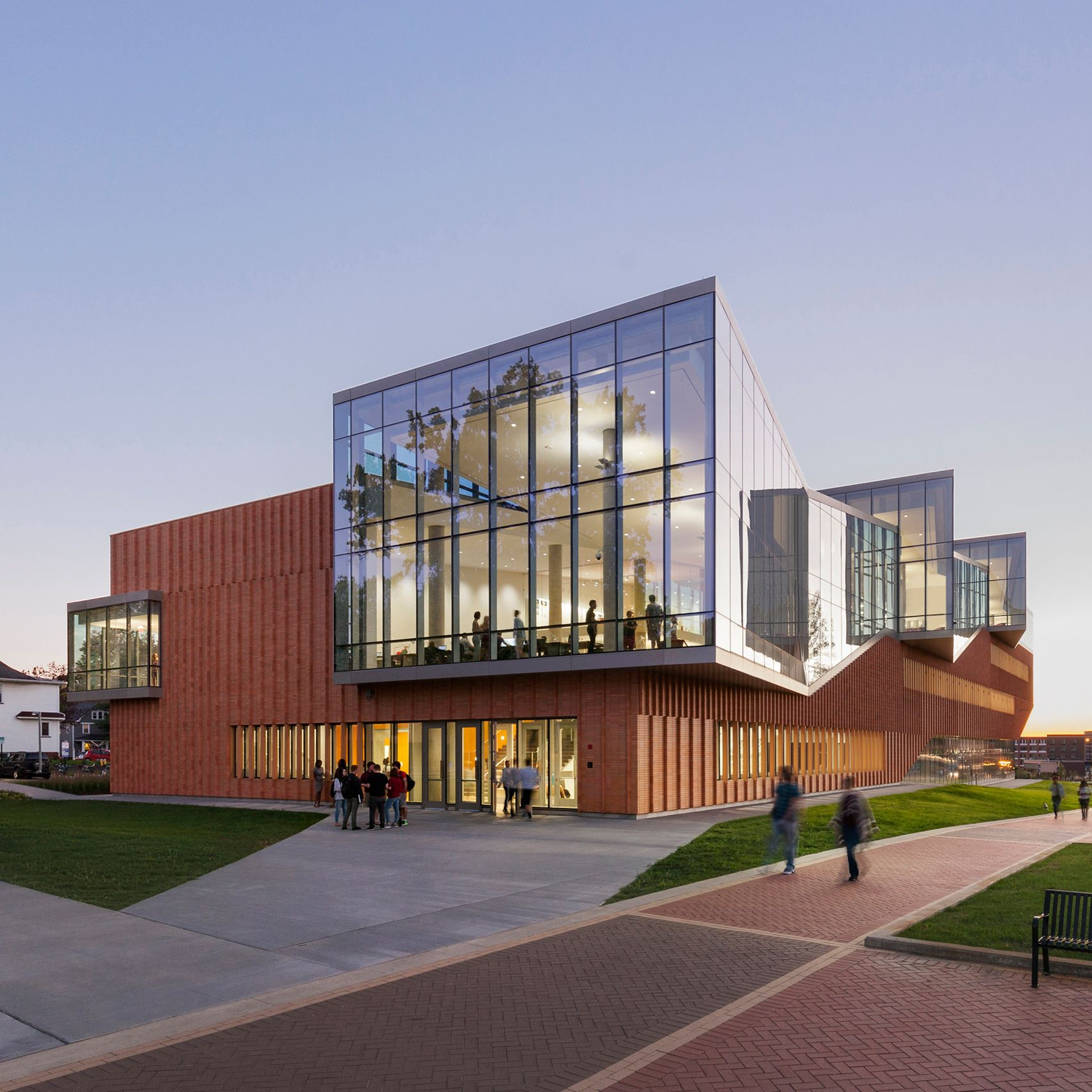 Kent Denver School Center For The Arts: American Studio Weiss Manfredi Used Glass, Brick And