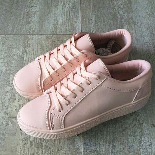 charla Absolutamente Activar  SALE: Antes: $120.000 Hoy: $90.000 Tenis color palo de rosa en cuero 100%  garantizado. Entrega Inmediat…   Zapatos de quinceañera, Zapatos de 15  años, Tenis de moda