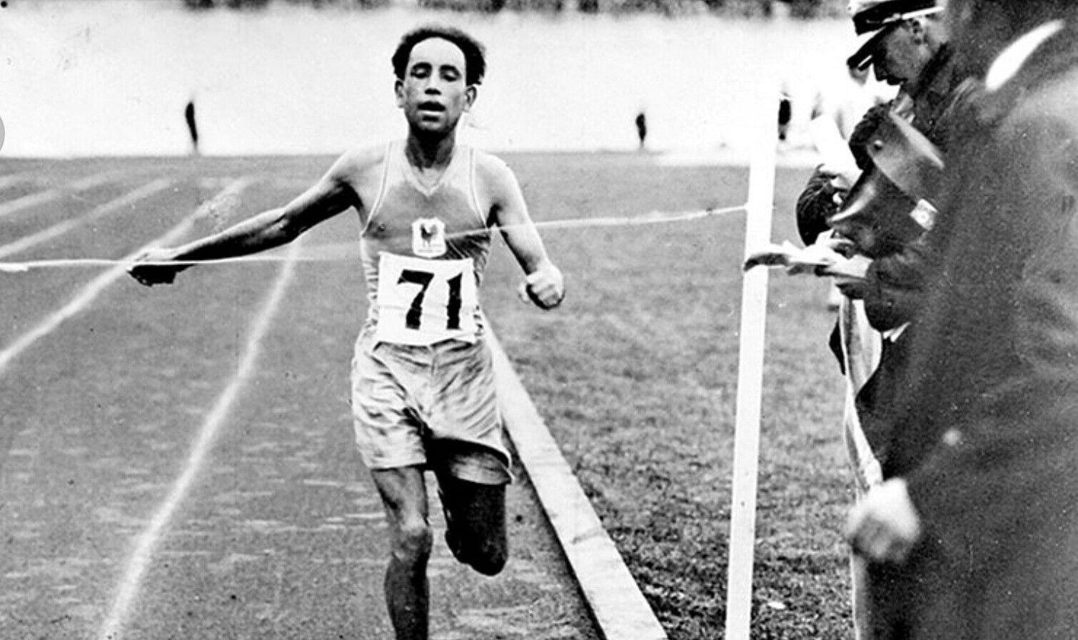 Épinglé par AHMED BOUGHERA EL OUAFI sur AHMED BOUGHERA EL OUAFI CHAMPION OLYMPIQUE | Champion olympique, Olympique, Champions