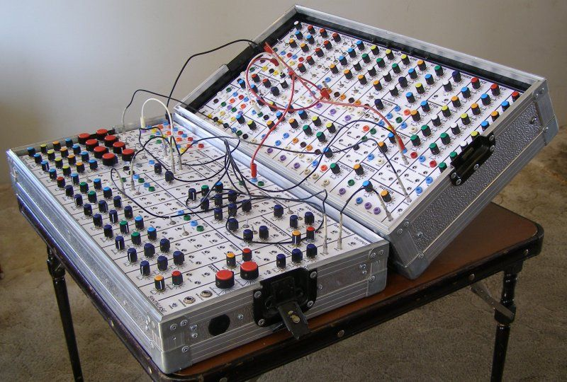 The Electronic Peasant\'s SynthCase Page | Synth DIY | Pinterest