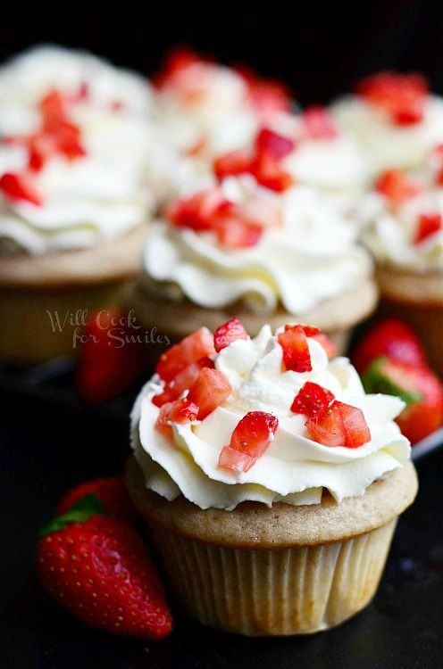 Strawberry Cupcakes With Mascarpone Frosting From