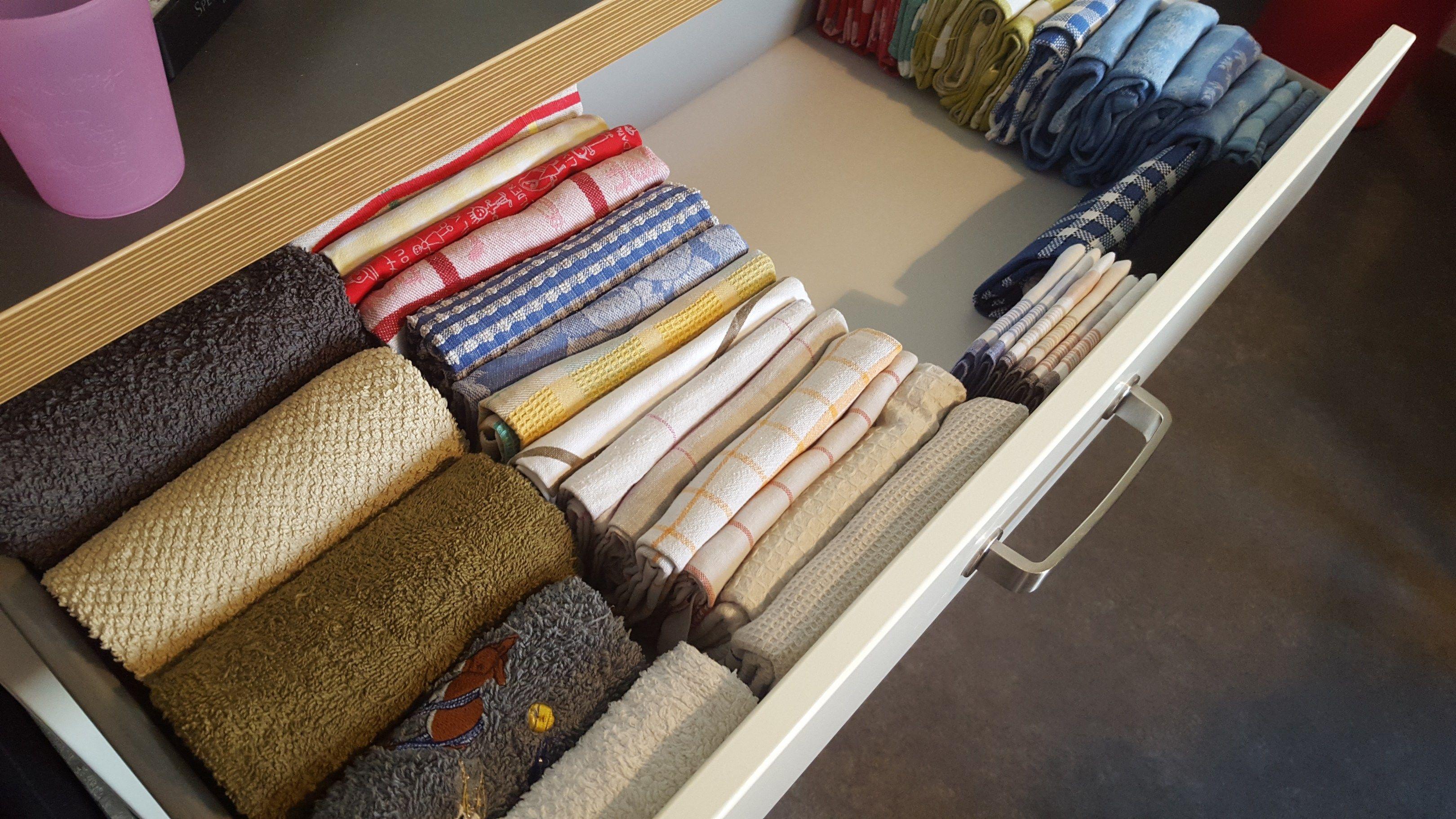 marie kondo la magie du rangement anniversaire pinterest rangement rangement tiroir et. Black Bedroom Furniture Sets. Home Design Ideas