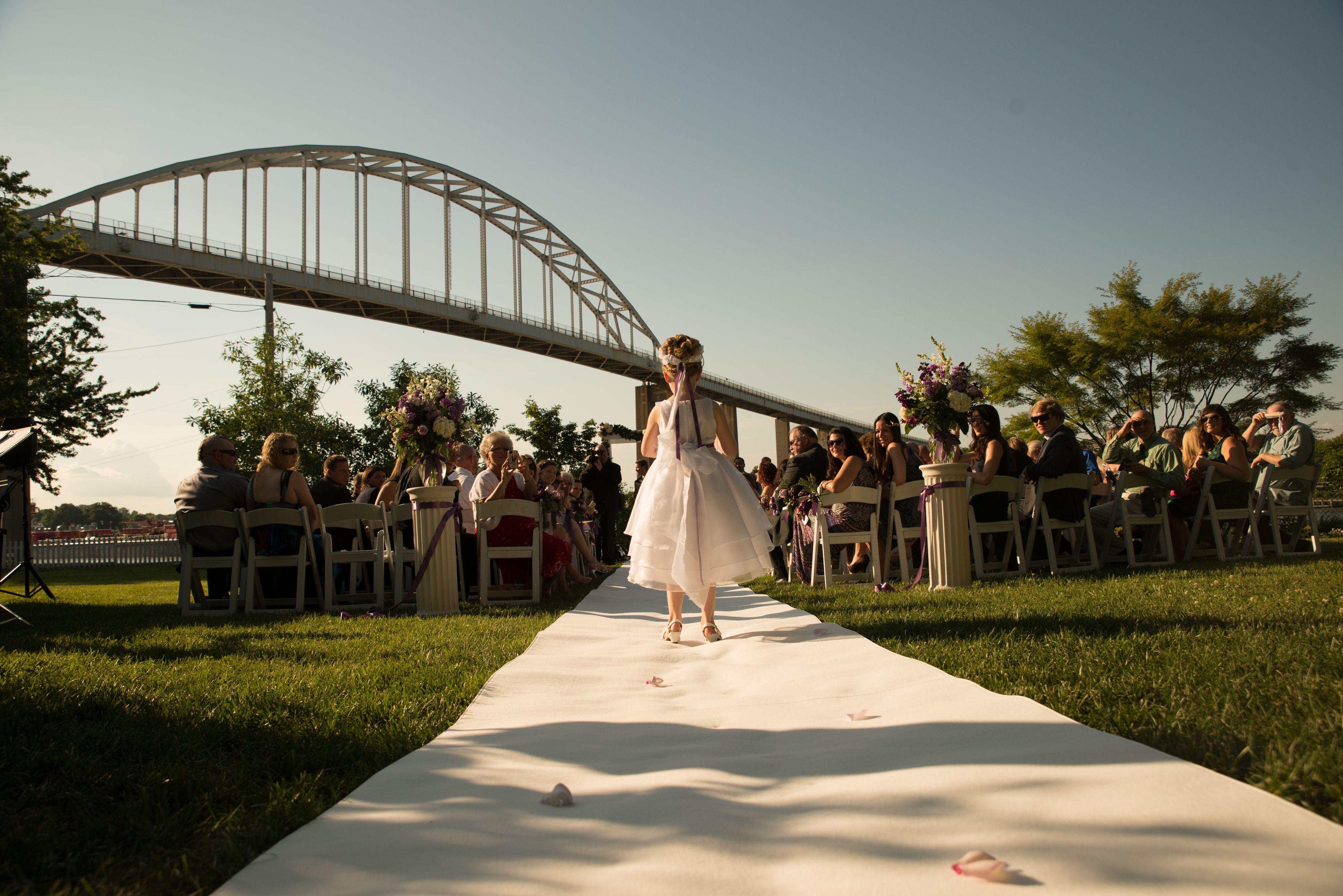 outdoor ceremony in Chesapeake City MD Chesapeake city