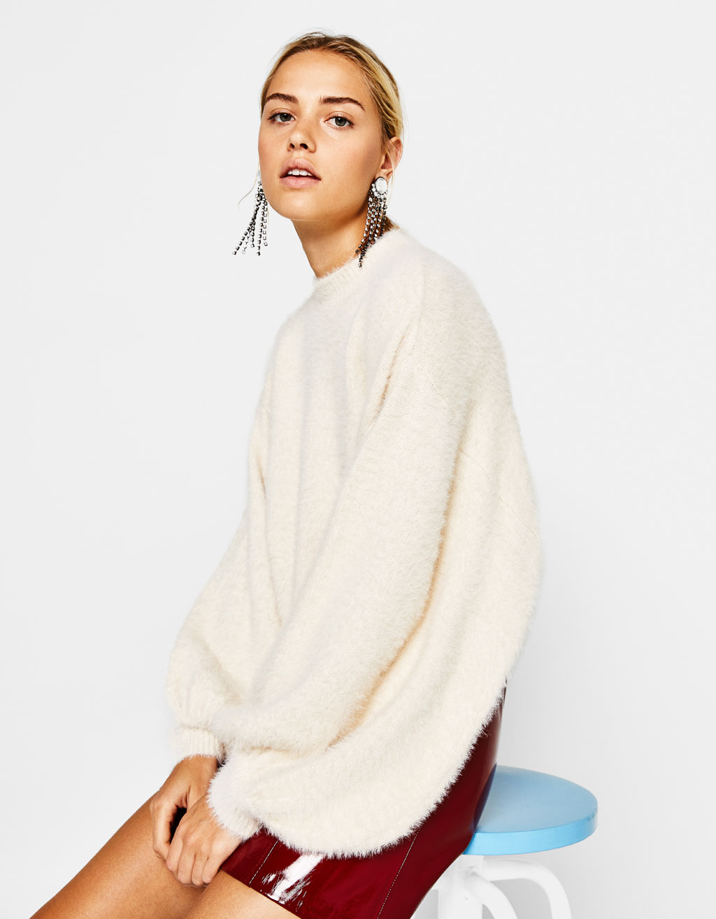 Fluffy sweater with puffy sleeves - Pants - Bershka United States 8ed16bf15