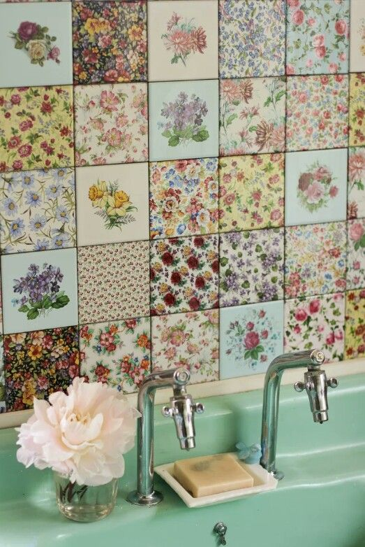 Beautiful Decoupage Tiles Definatley Doing This In My Kitchen Floral Floor Tiles Floral Tiles Ceramic Wall Tiles