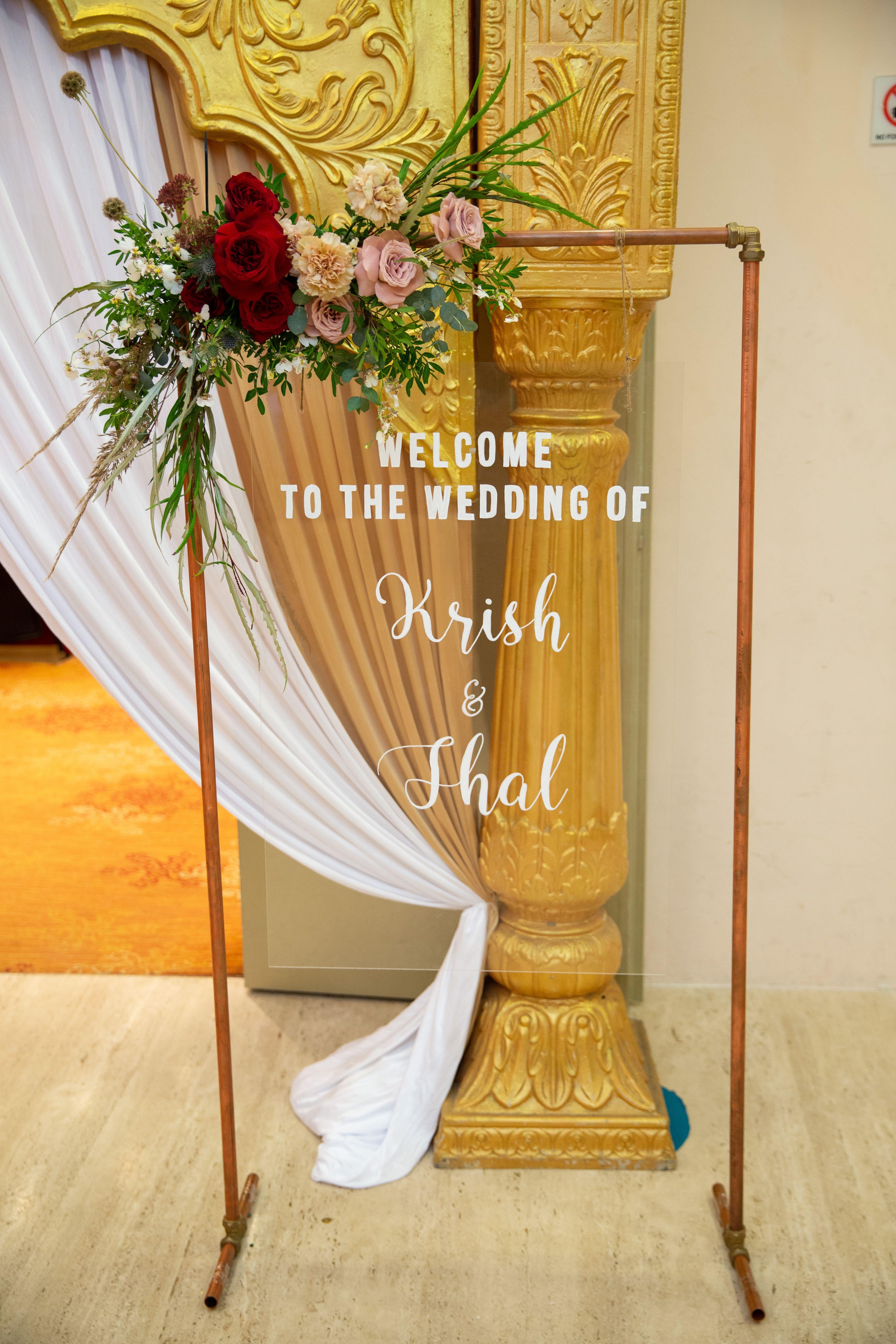 Copper frame stand wedding sign clear plexiglass