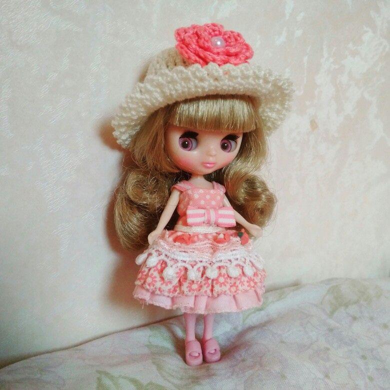 Petite Blythe Miss Macaron Cerise
