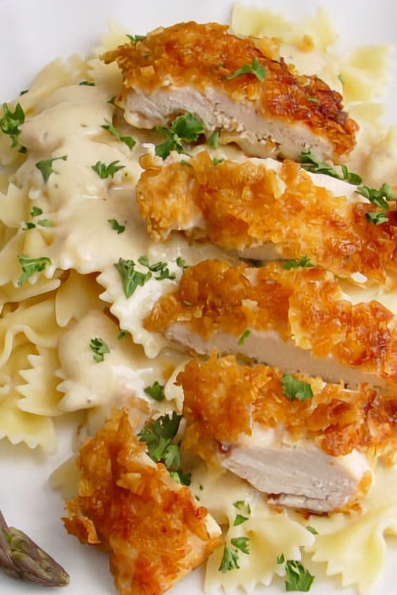 Photo of Crispy chicken with Italian sauce and bowtie noodles – New Ideas