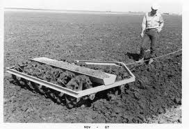 During The Ninth And Tenth Centuries New Agricultural Techniques The Moldboard Plow The Three Field System Significantly Increased Century Agriculture Horses