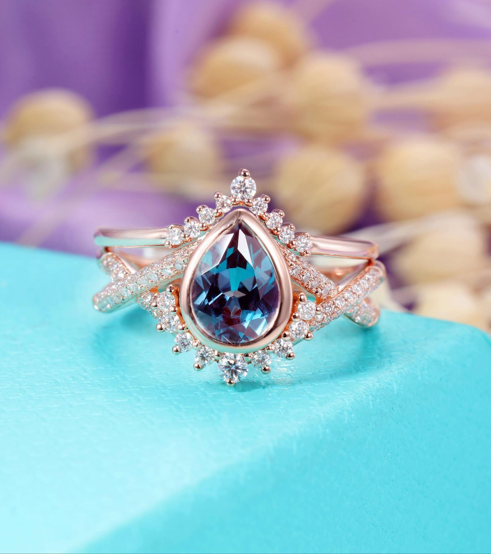 Alexandrite Engagement ring set Rose gold women, Vintage