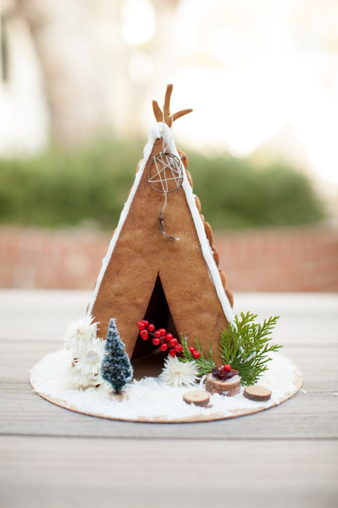 A Gingerbread House Decorating Party With Amy Blessing Holiday