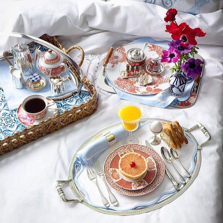 Leontine Linens, Breakfast In Bed