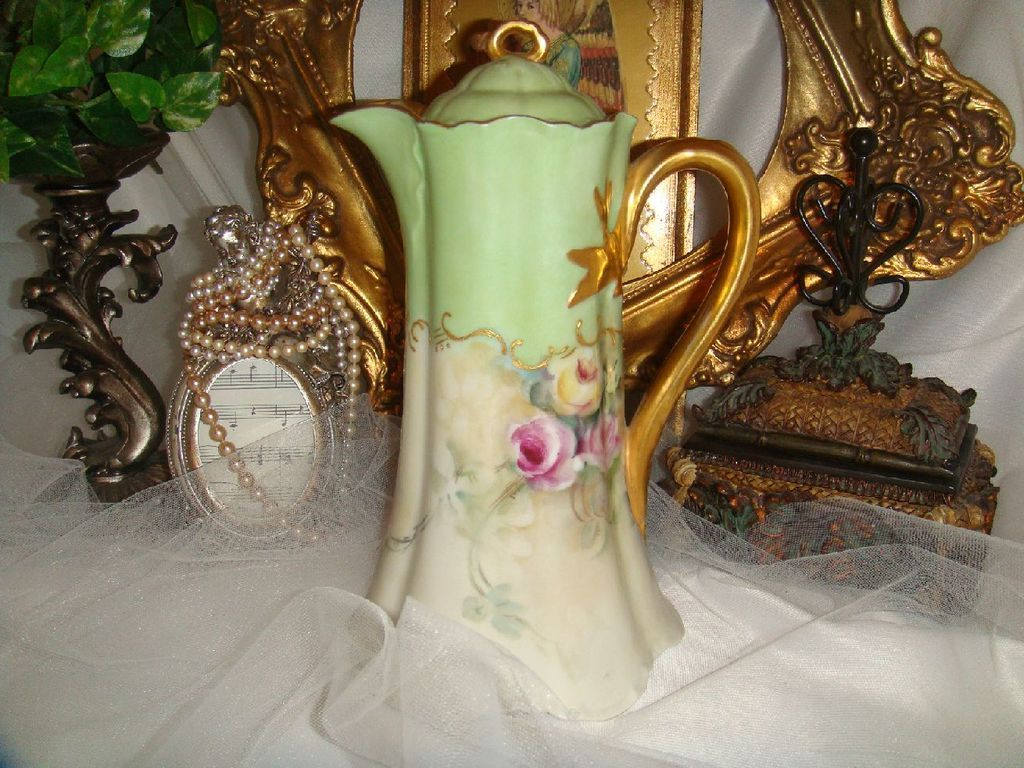 Haviland - Limoges - France -  Chocolate - Coco - Pot - Hand Painted - Victorian Style Bouquet - Romantic Roses - Circa 1931 - Museum Quality - Only Fine Lines