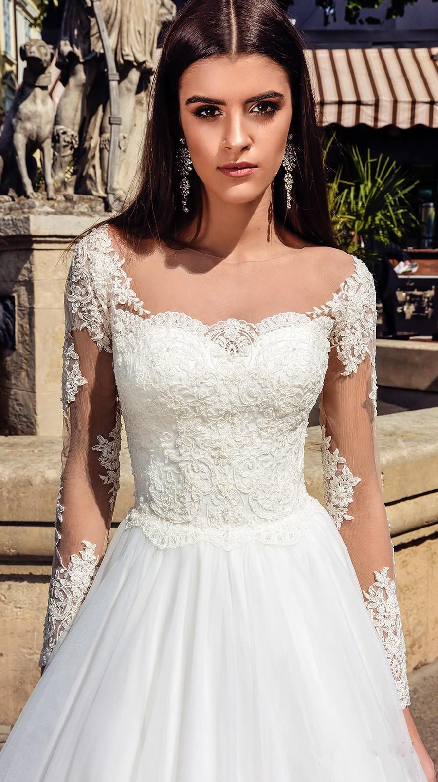 Discount 2019 new elegant sheer neck lace wedding dresses