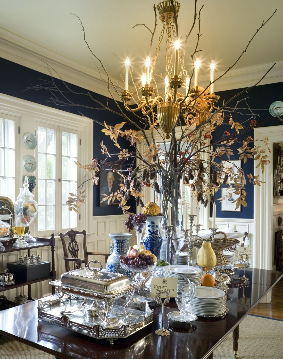 Oh My I M Black And Blue Black And Blue Decor Dining Room Blue Dining Room Navy Traditional Decor