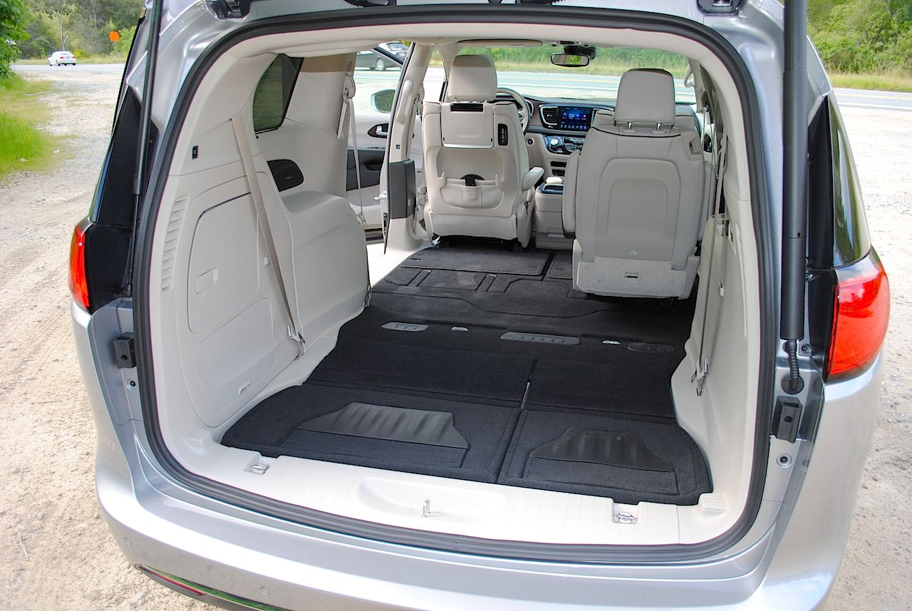 Unique Features Of The 2017 Chrysler Pacifica Chrysler Pacifica