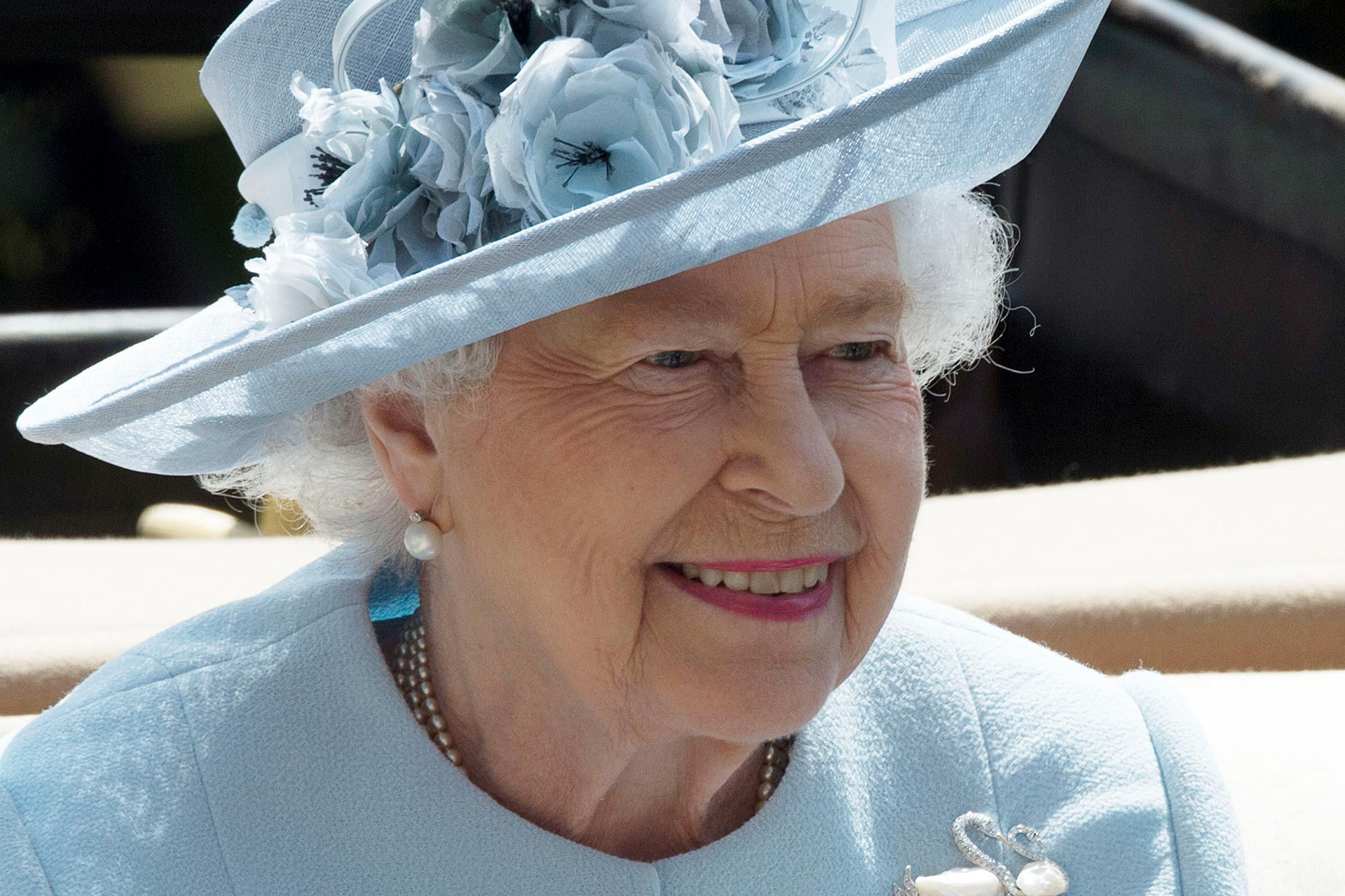 16 Things That Will Happen Once Queen Elizabeth Ii Dies With