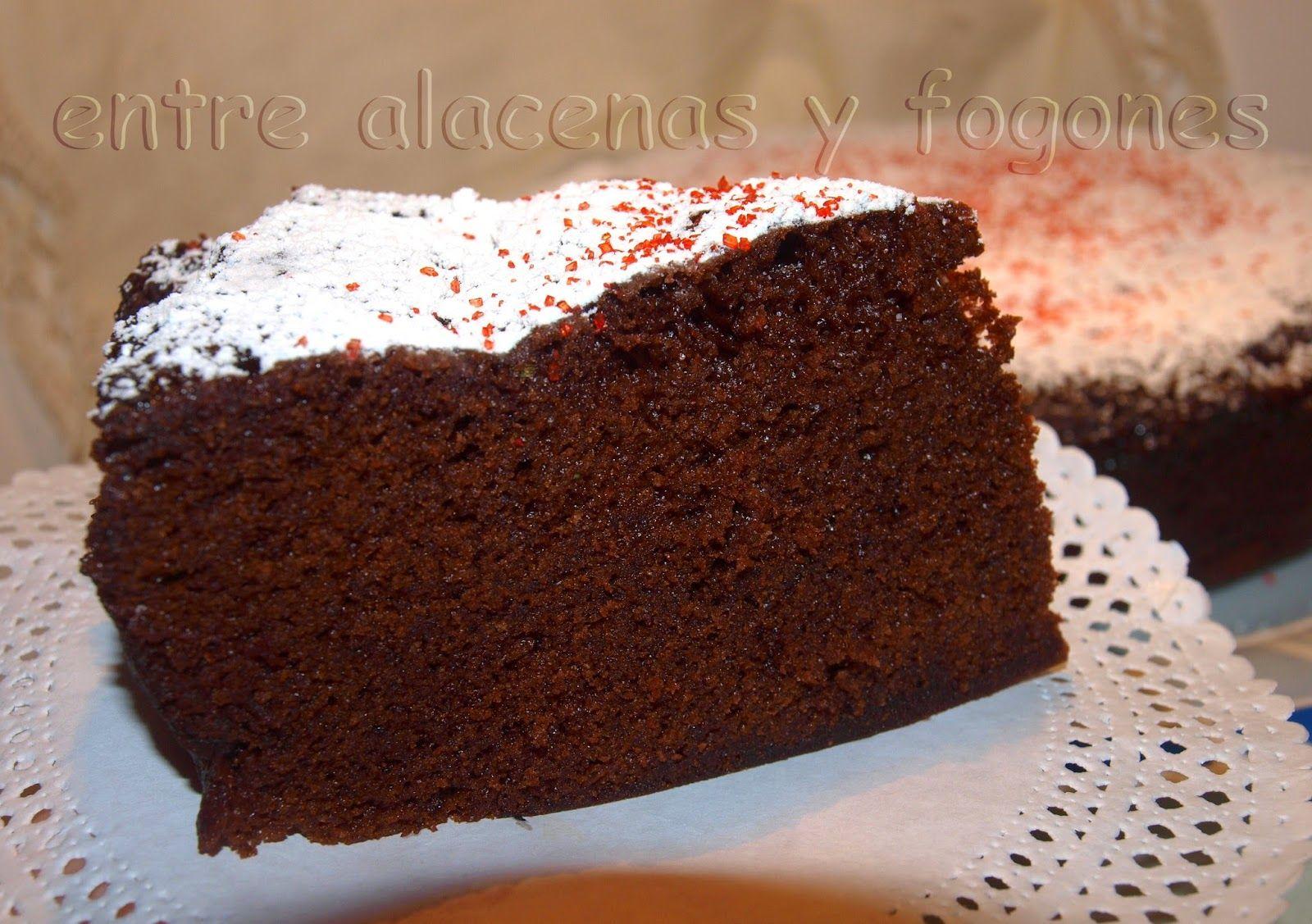 Entre alacenas y fogones...: Bizcocho de chocolate y galletas en el micro