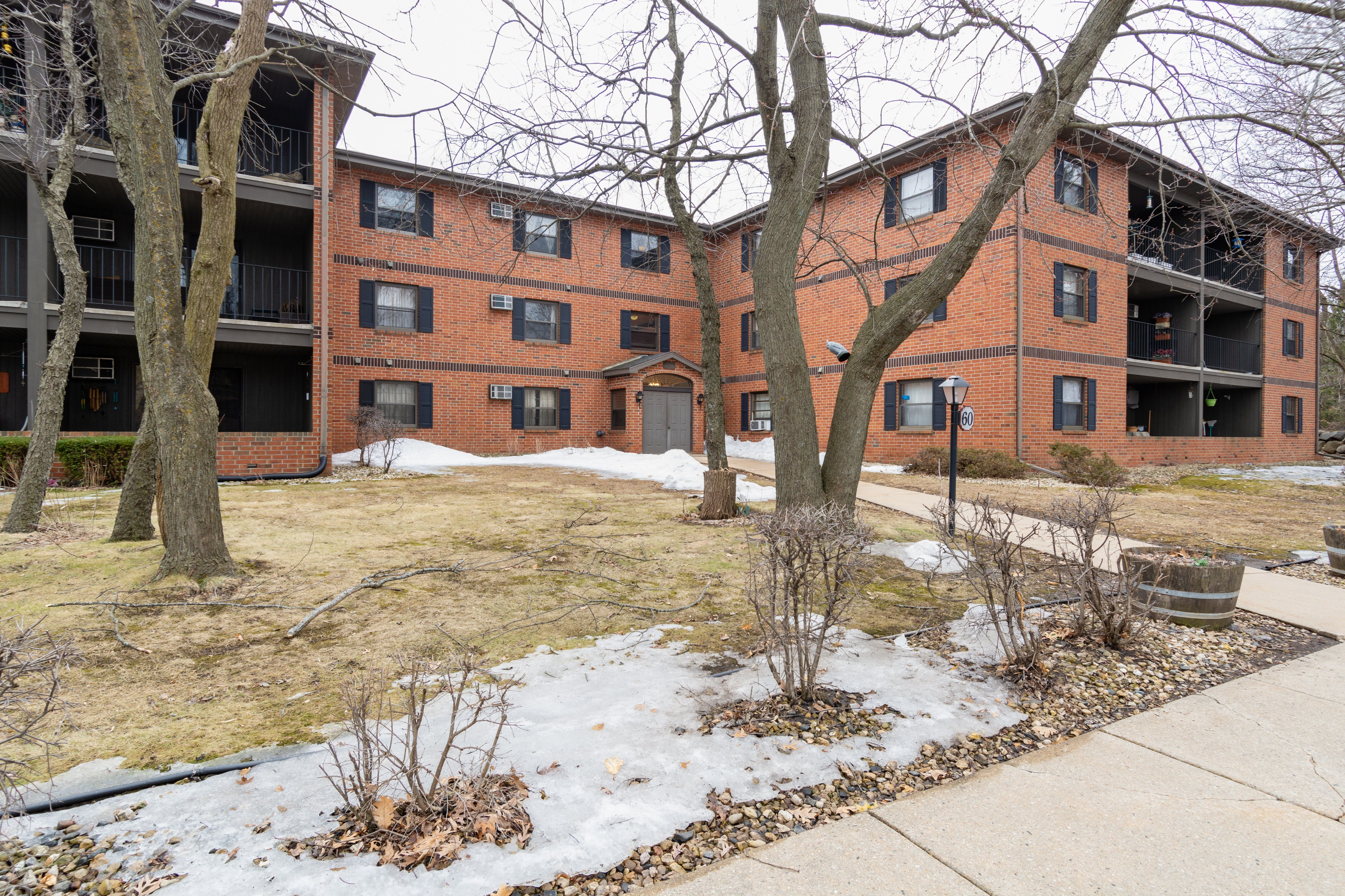 Discover Our Newest Renew Community Renew 78 West Located In Madison Wi Close To Shopping Din Pet Friendly Apartments Apartment Communities Perfect Place