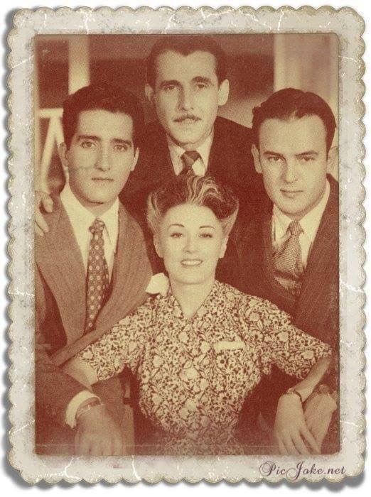 Resultado de imagen para tres hermanos pelicula mexicana ABEL SALAZAR