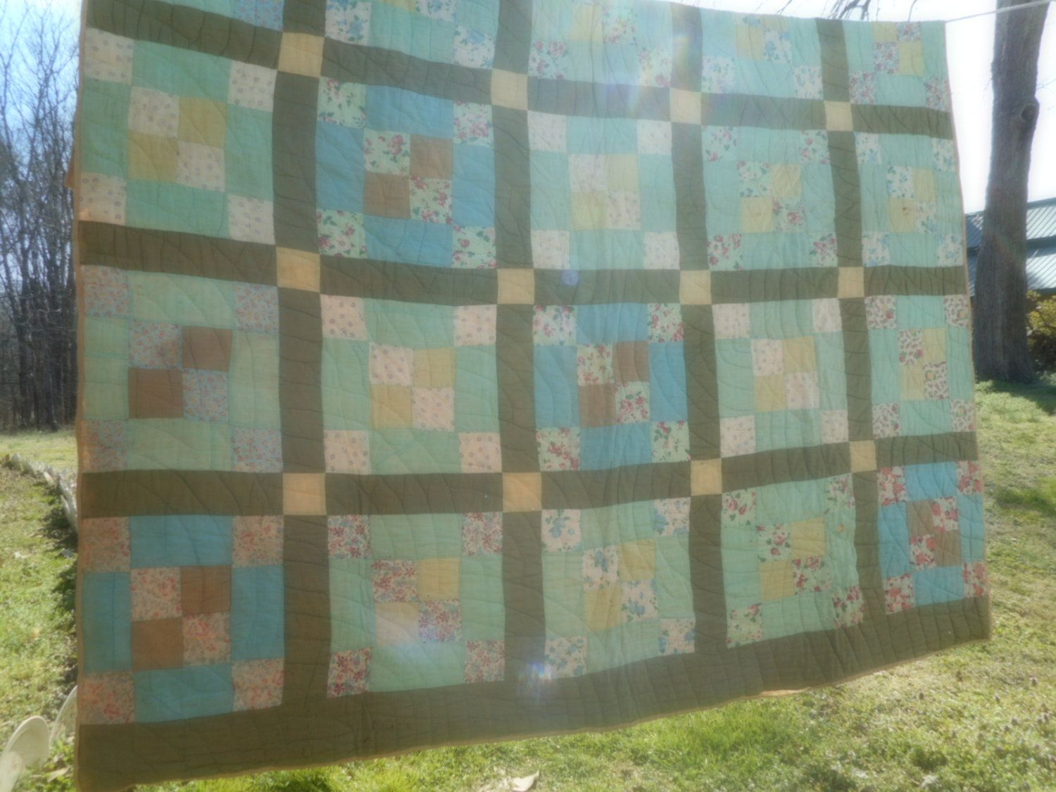 Vintage Quilt 1940 - 50  Retro LInens Vintage LInens Quilt Green Quilt #196R by rpreserved on Etsy