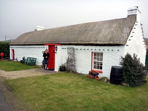 cottages of ireland the traditional irish cottage was for