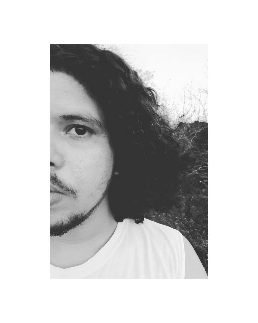 #isntagood #instagraff #cool #instagram #boy #boys#poet #poetry #libro #lectura #write #art #arte #culture #tattooaddict...
