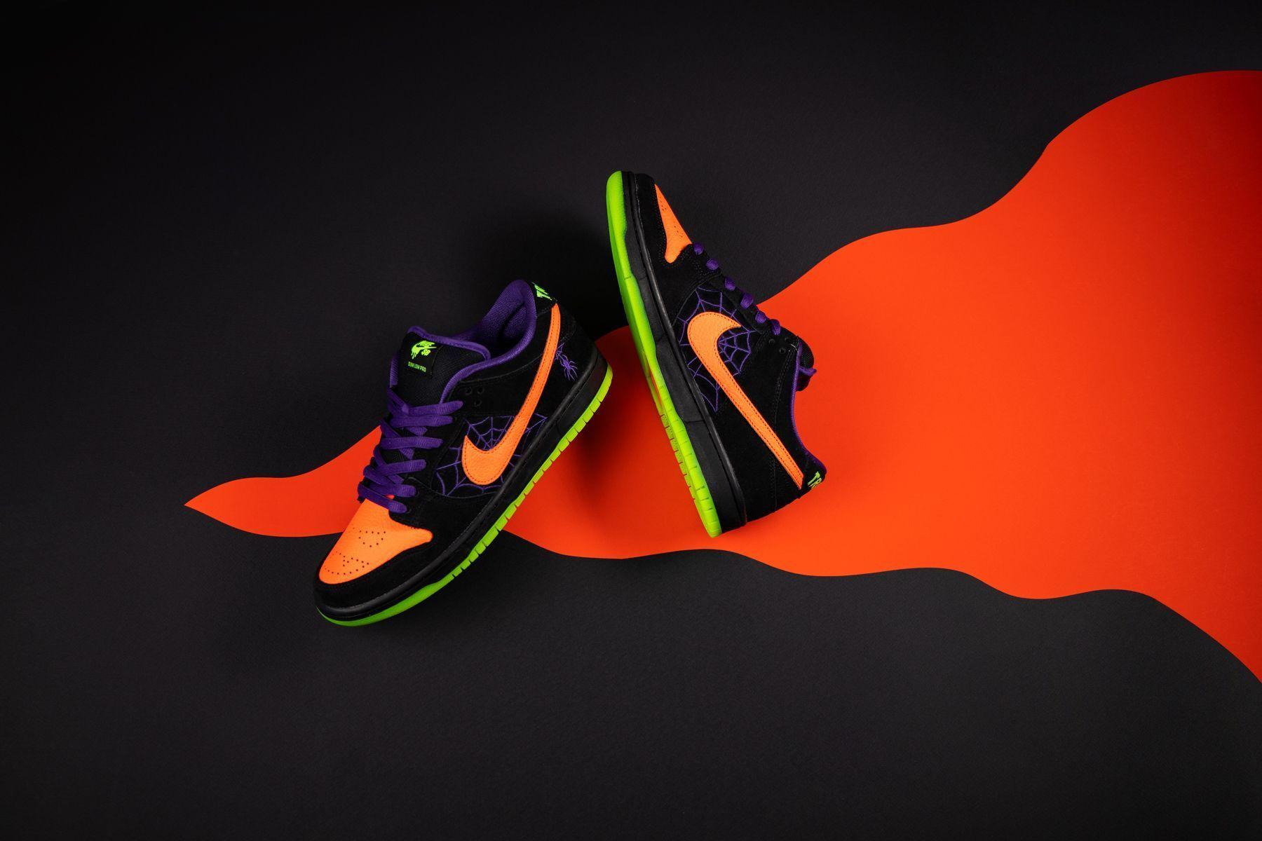 Sb Dunk Low Night Of Mischief Stadium Goods In 2020 Nike Nike Sb Nike Sb Dunks