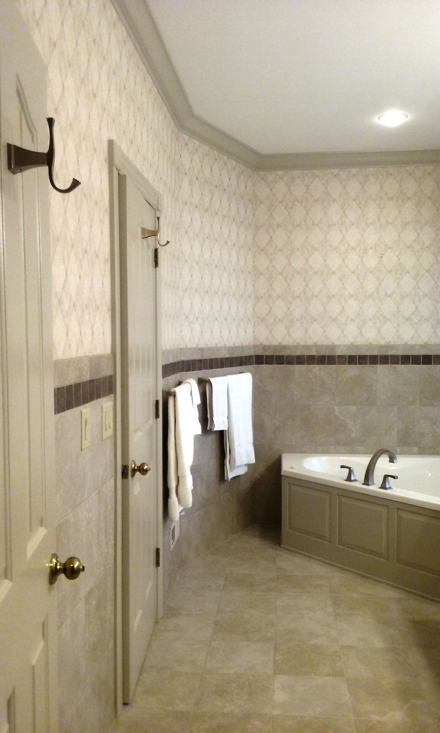 "Bathroom in Daltile Continental Slate ""Egyptian Beige"" 12x12 wall"