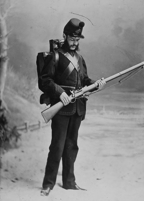 1870 studio photo of a Rifleman of the 3rd Battalion of Canadian