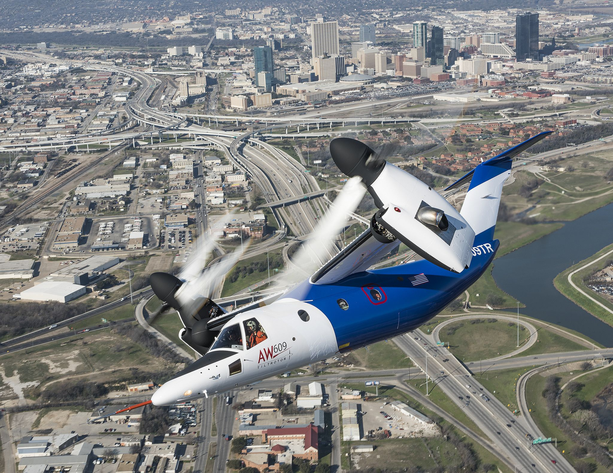 https://flic.kr/p/SG9CSA | AW609 | The unique characteristics of the AW609 TiltRotor combine the benefits of a helicopter and a fixed-wing aircraft into one aircraft www.leonardocompany.com/en/product-services/elicotteri_he...