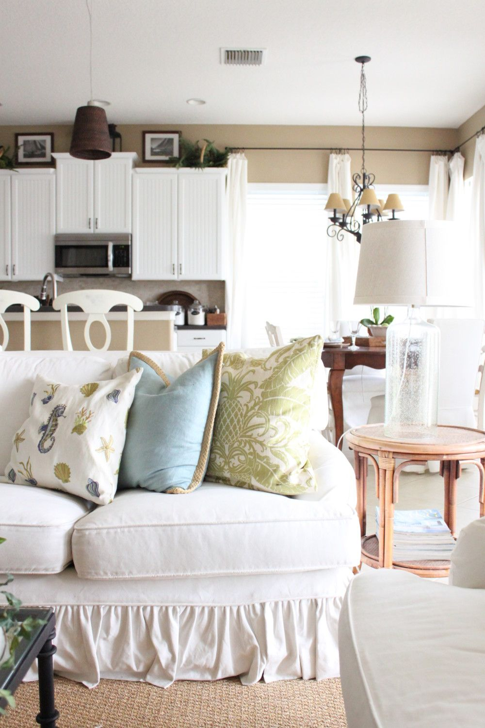 Love It Florida Style: My Favorite Room- Guest Post At Savvy Southern Style