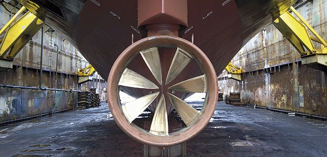 The vessel has two Azimuth Rim Driven Thruster (RDT) units