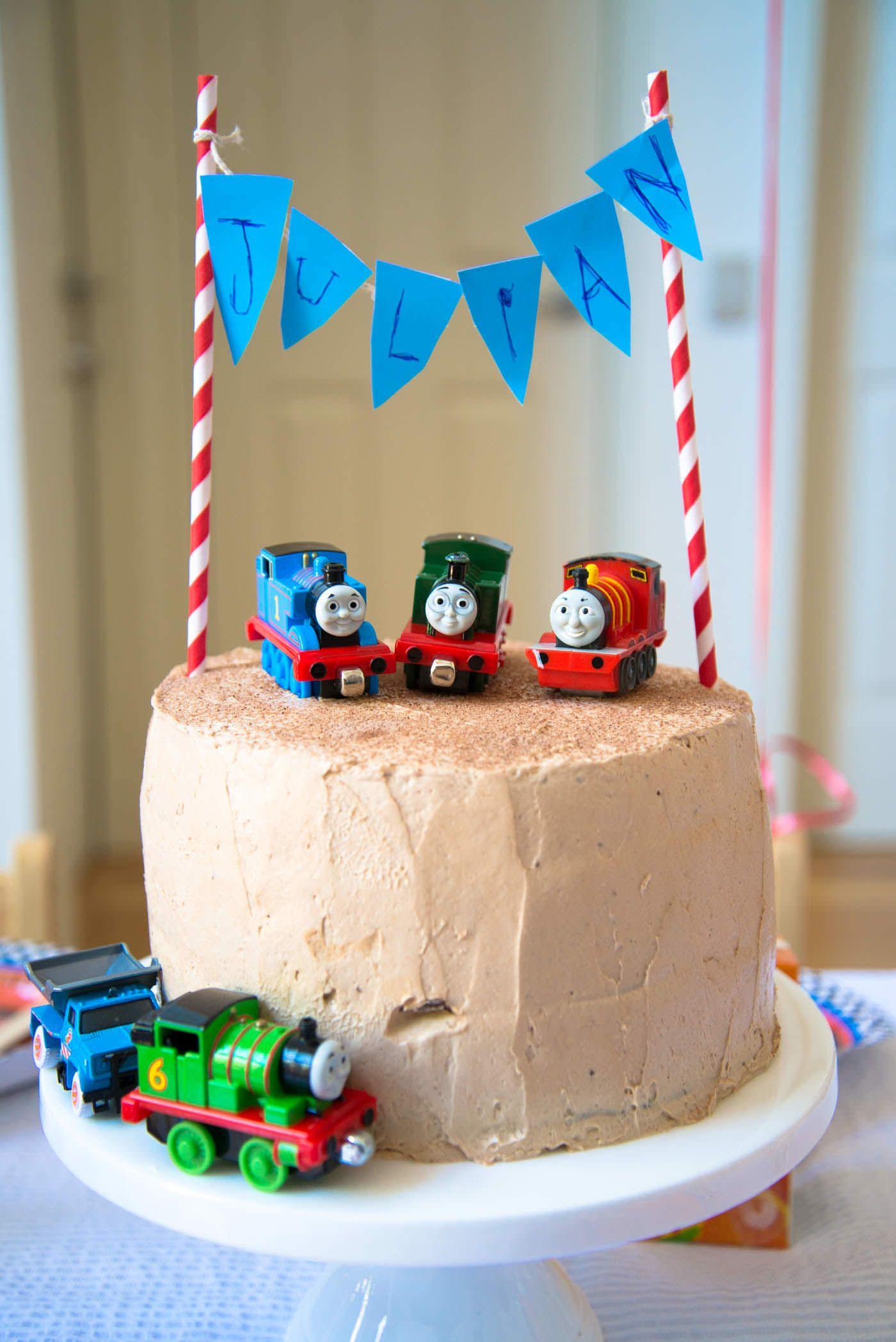 Thomas The Tank Engine Cake Google Search Thomas 1st Bday