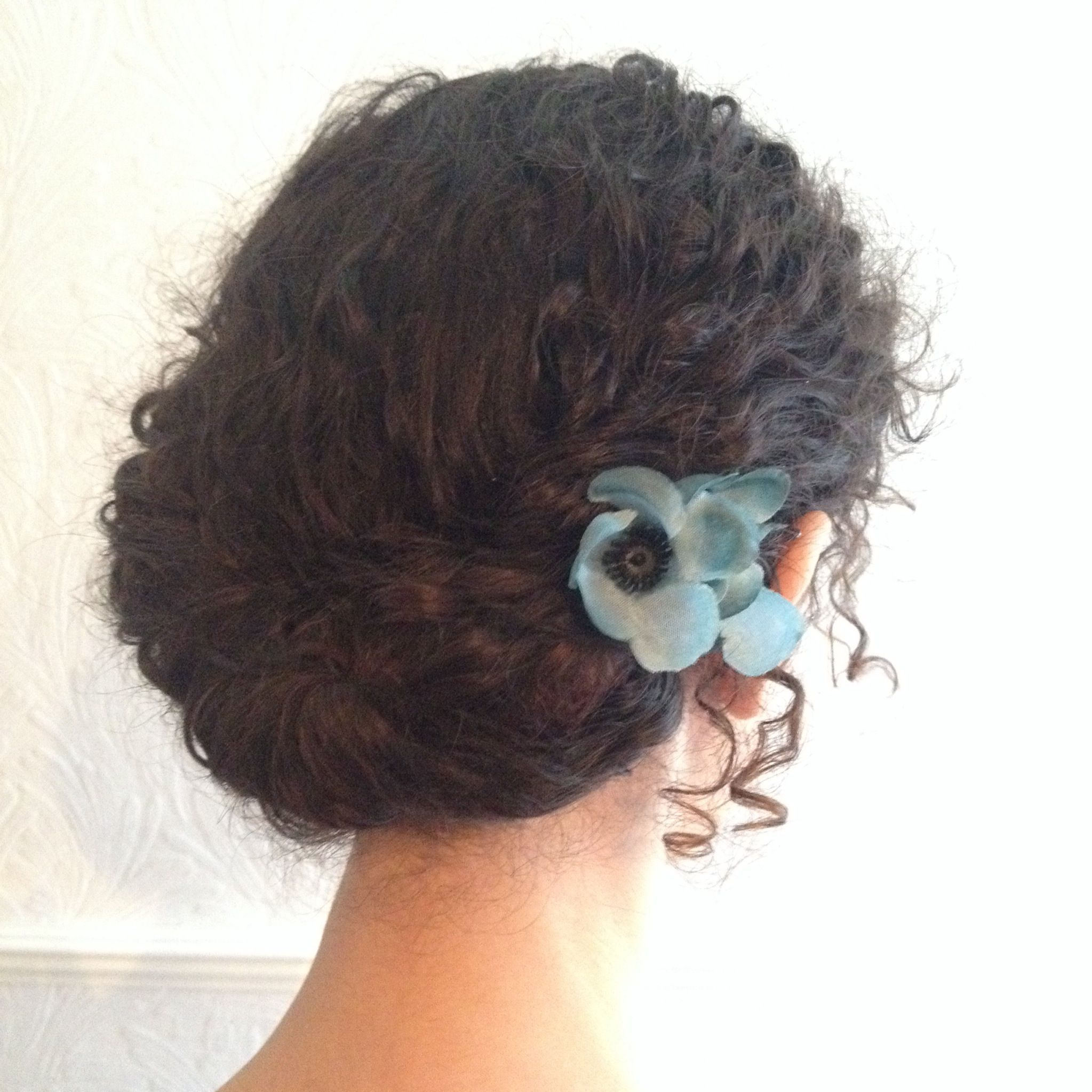 Naturally curly wedding hair flowers Gibson roll Gibson ...