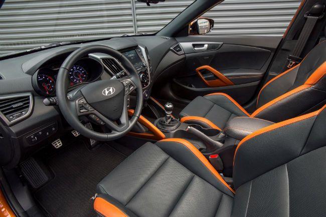 2016 Hyundai Veloster Interior In 2020 Hyundai Veloster Veloster Turbo New Hyundai Cars
