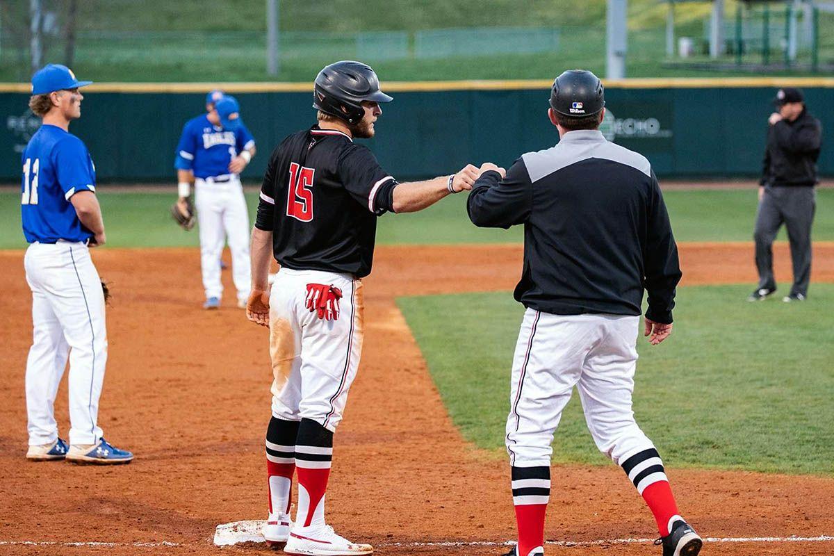 Apsu Baseball Heads To Murfreesboro To Take On Middle Tennessee Blue Raiders Baseball Play Baseball Tournaments