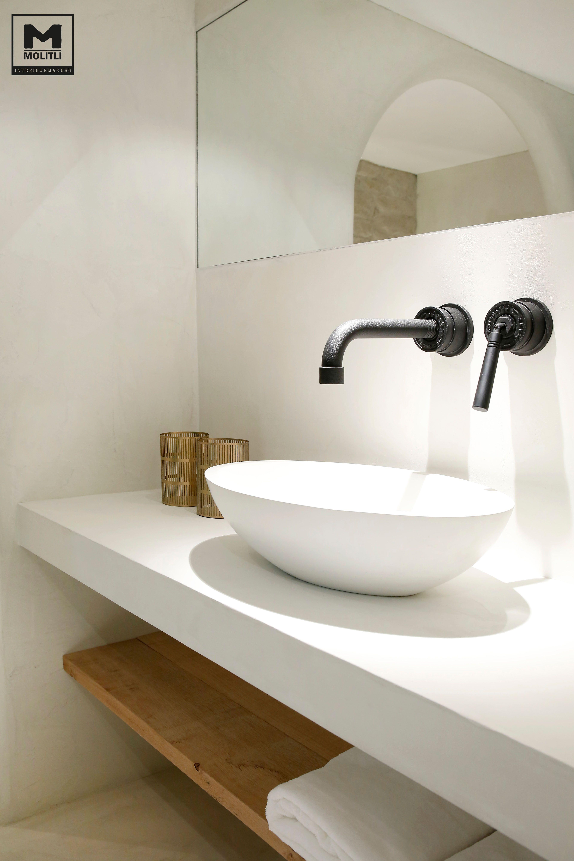 Badkamer betonstuc | BATHE | Pinterest | Toilet, Interiors and ...