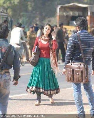 Grey Chiffon Kareena Kapoor Style In Kurbaan Indian Outfits Fashion Style