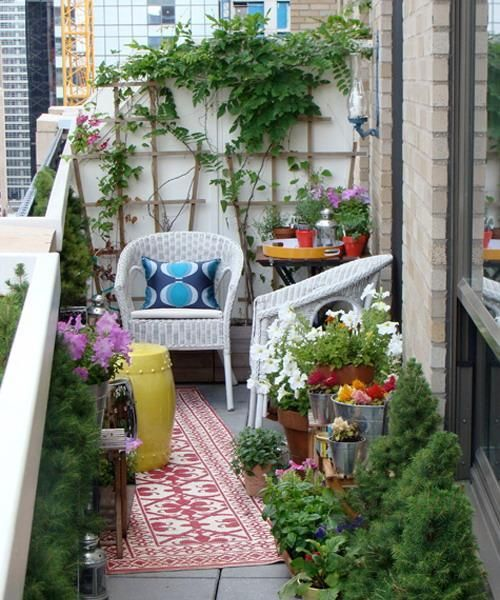33 Small Balcony Designs And Beautiful Ideas For Decorating Outdoor Seating Areas Small Balcony Garden Small Balcony Design Small Porch Decorating