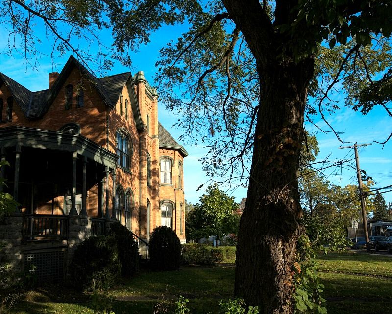 Christine Mcconnell Bids On Seymour Mansion In New York Hooked On Houses Mansions Christine Mcconnell Auburn City