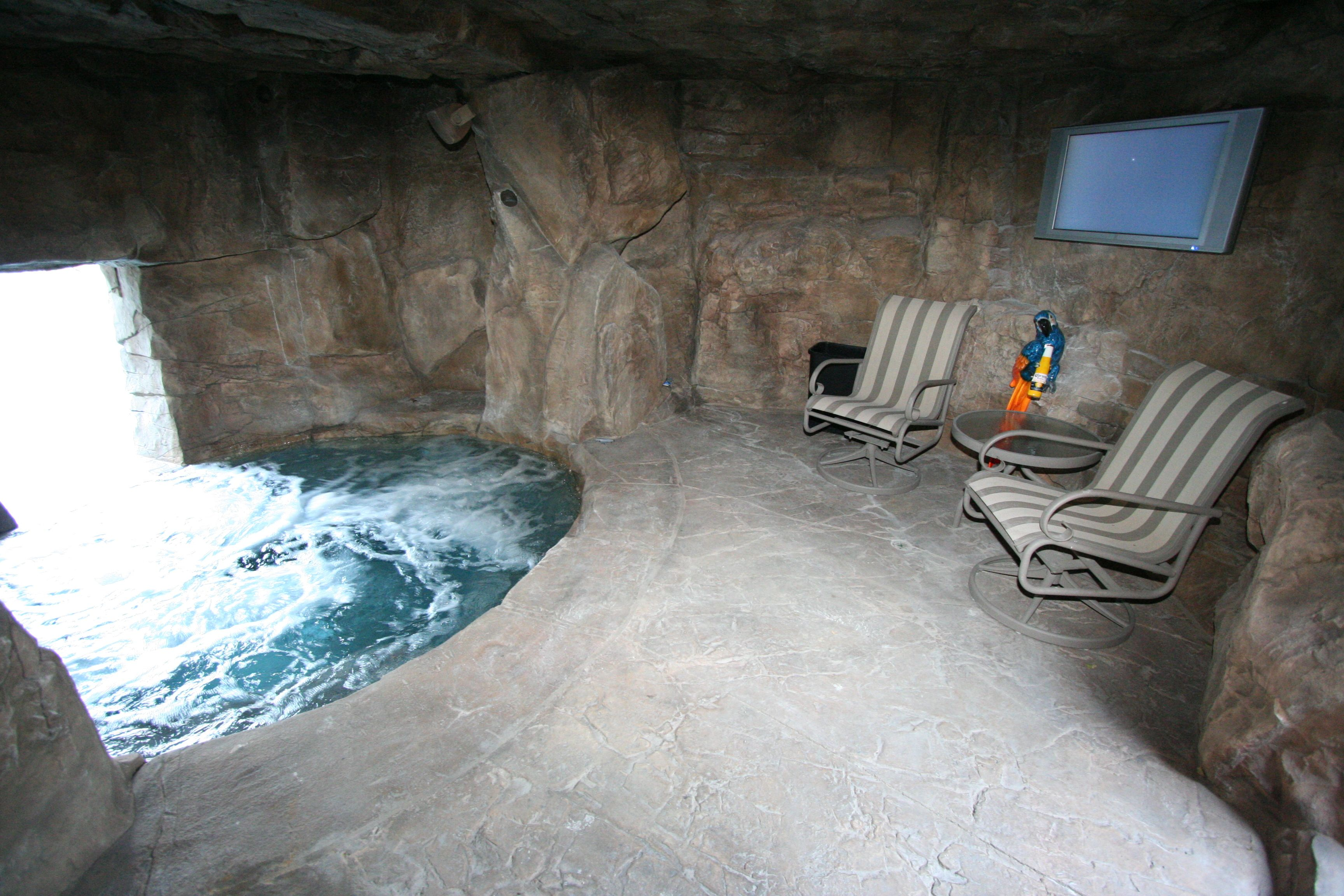 after moving through the waterfall trueno could feel that water in the cave is not - Cool Pools With Caves
