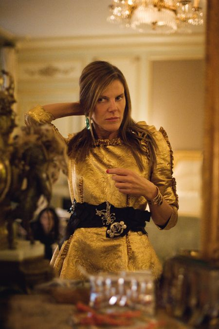 Anna Dello Russo In Dw by Kanye West – Alexander McQueen Spring 2012 Presentation - Fashion Style Trends