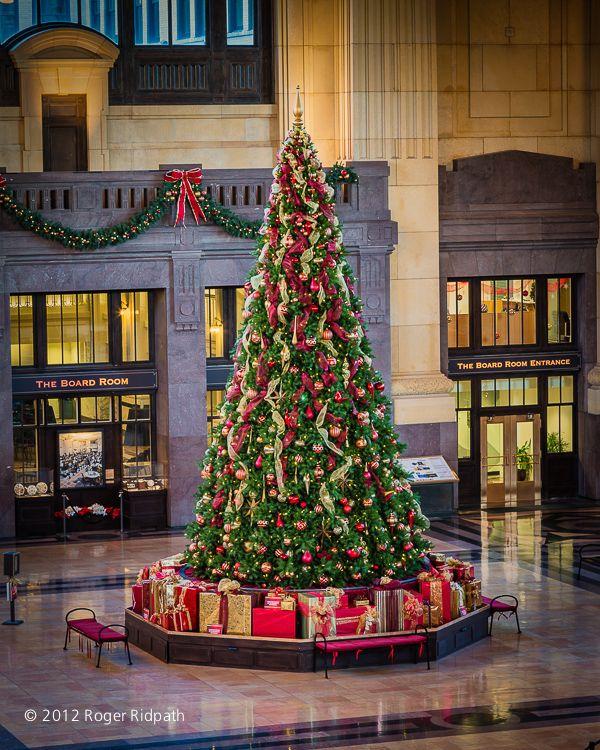 Attractive Kansas City Union Station Christmas Tree