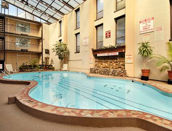 93 Guitar Shaped Pool At The Ramada Nashville Downtown Hotel In